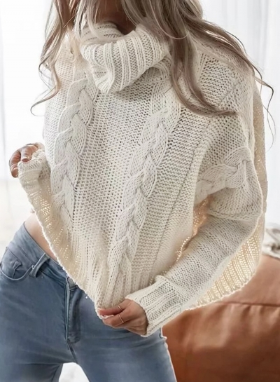 Apricot Women's Turtleneck Long Sleeve Loose Solid Color Short Pullover Sweater