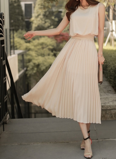 Dress丨Sleeveless Pleated Dress